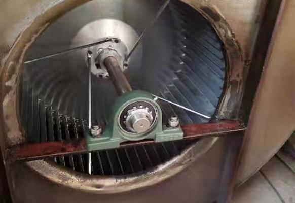 食堂风机维修